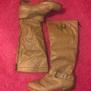 Brown/nude boots